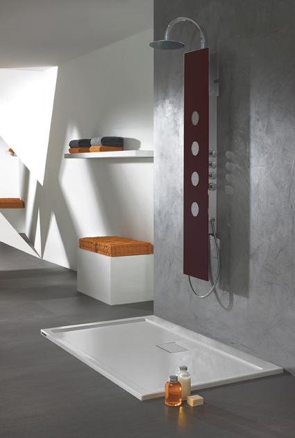Przyjemność kąpieli pod prysznicem - panele szklane Space Line